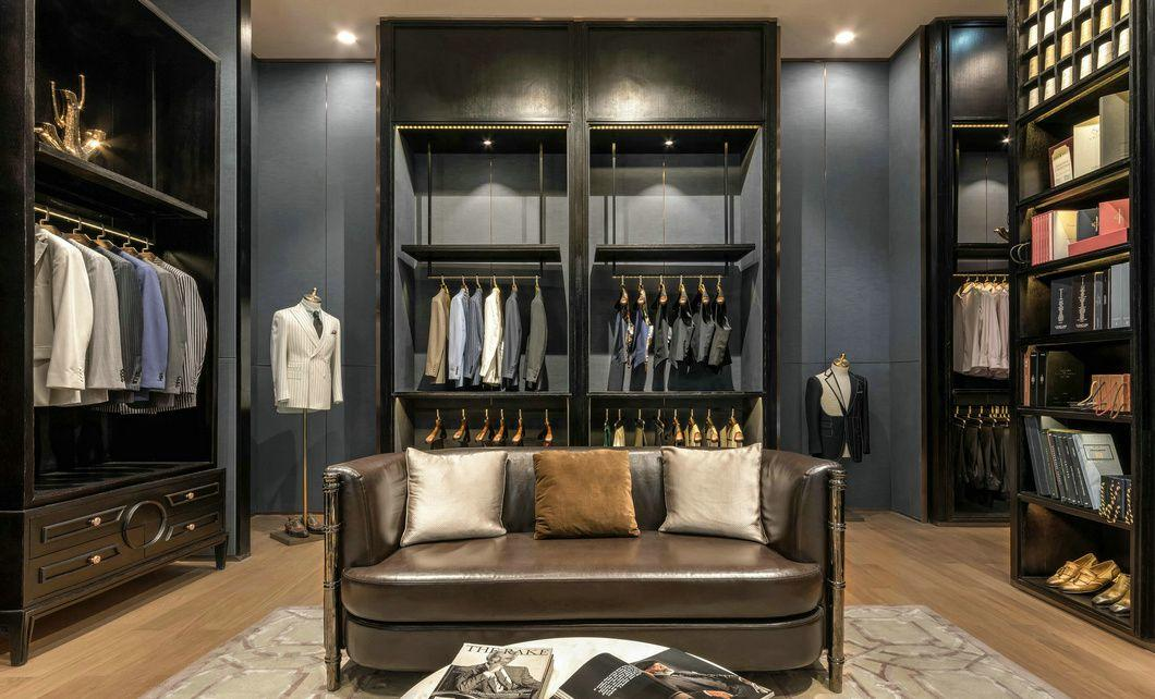 high-end garment shop interior design ideas cheapest price for show room OUYEE-3