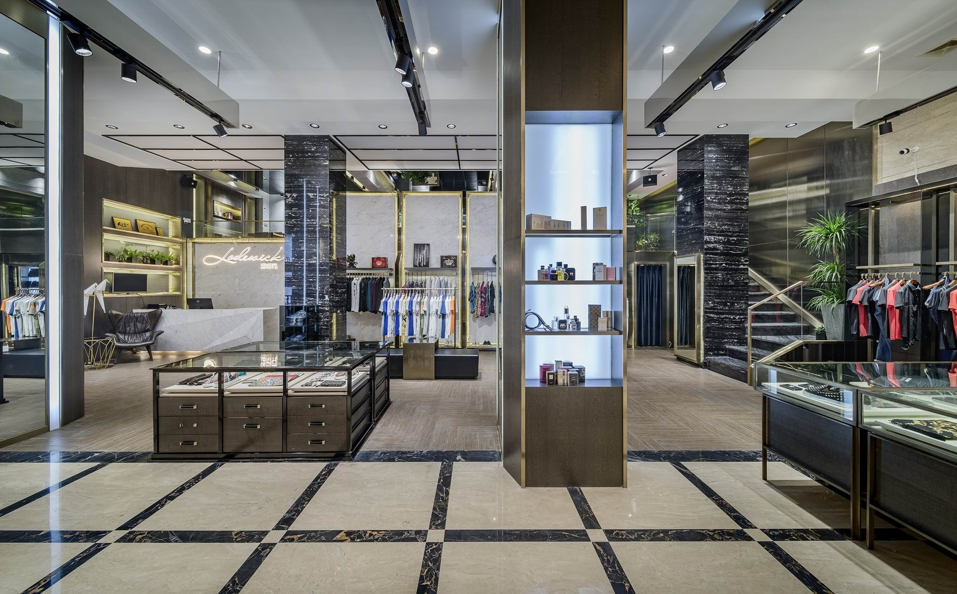 OUYEE free delivery tailoring shop interior design at discount underwear display-5