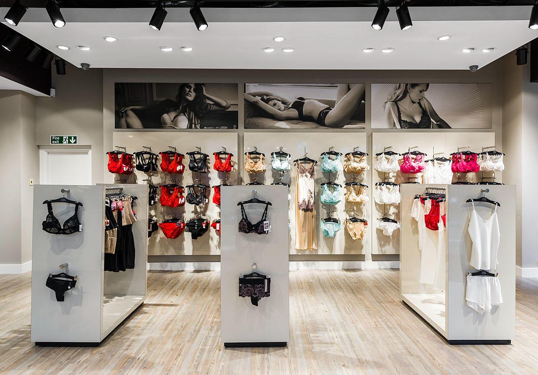 clothing store design high-end universalunderwear display-1