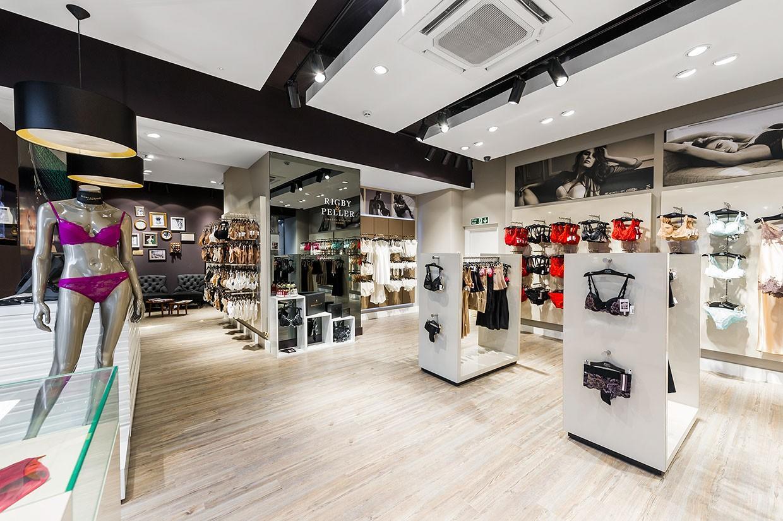 clothing store design high-end universalunderwear display-2