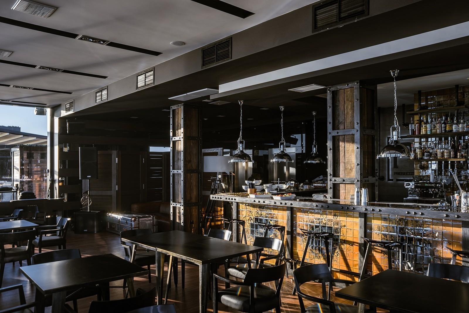 OUYEE small cafe design ideas at discount for bar-2