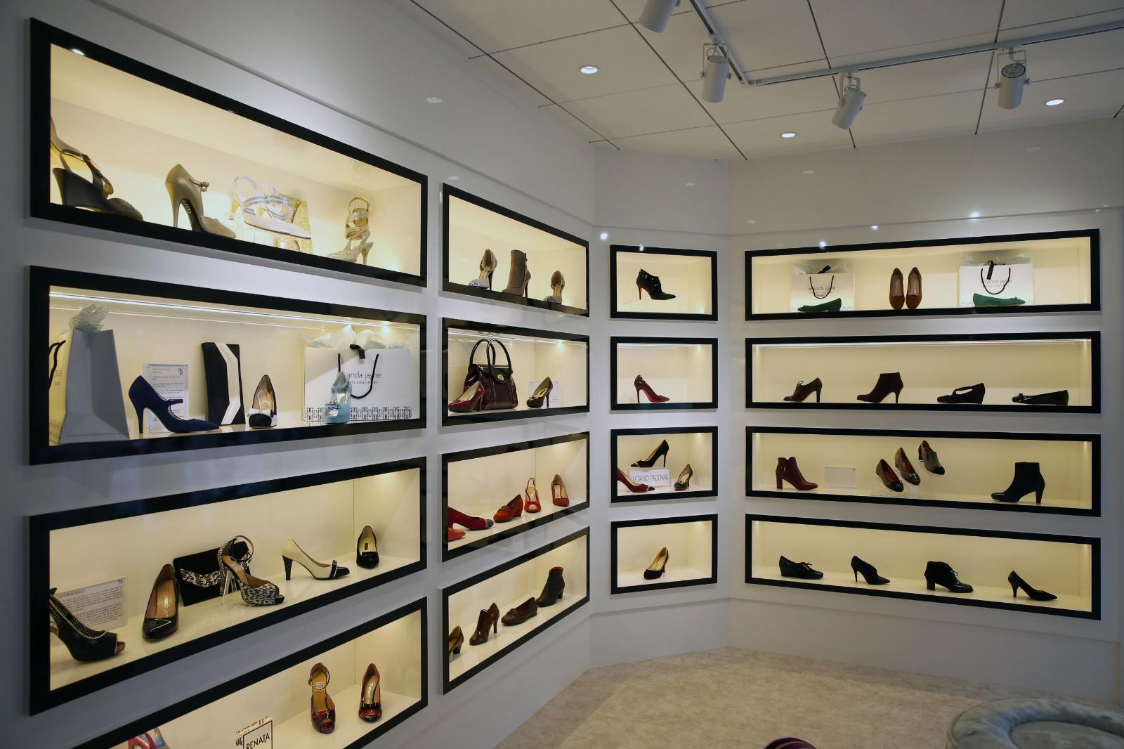OUYEE chic shoe shop interior design popular for chain shop-1