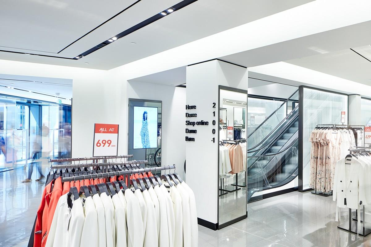 free delivery clothing store design high-end universal for garment display-2